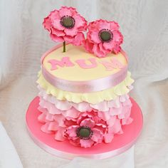 Mother's Day Ombre Cake - To view the tutorial, please visit http://www.craftcompany.co.uk/mother-s-day-ombre-cake.html