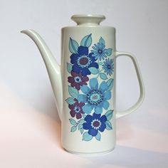 J and G Meakin Studio coffee pot Pacific by 20thCenturyParade, £22.00