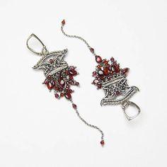 Shanghai unique handcrafted silver earrings with garnet Handmade Jewelry, Unique Jewelry, Handmade Gifts, Silver Earrings, Silver Jewelry, Wire Weaving, Garnet, Jewelry Design, Shanghai