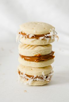 Alfajores with dulce de leche filling ღ