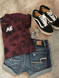 Skater summer outfit idea👽 casual summer outfits for teens, summer school outfits, college Outfits Teenager Mädchen, Teenage Outfits, Teen Fashion Outfits, Fall Outfits, Shorts Outfits For Teens, Fashion Tips, Emo Outfits, Disney Outfits, College Outfits
