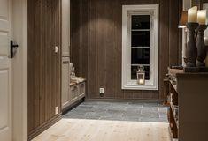 Storeble hytte med hems - Telemarkhytter Divider, Interior Decorating, Interiors, Room, Inspiration, Furniture, Home Decor, Bedroom, Biblical Inspiration