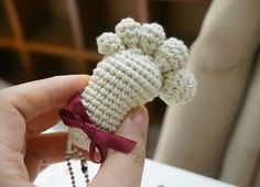 The Amigurumi Footprint Keychain Free Crochet Pattern is great to make cute Amigurumi Baby Footprints as a baby shower present to be cherished for years.