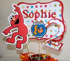 Elmo Birthday Centerpiece. Birthday Party Celebration, First Birthday Parties, Birthday Party Themes, First Birthdays, Birthday Ideas, Girl 2nd Birthday, Hello Kitty Birthday, Elmo Birthday, Seasame Street Party