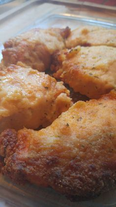 The Cornbread Chicken Recipe from the Fix-It and Forget-It Slow Cooker Magic cookbook by Phyllis Good. Crockpot Dishes, Crock Pot Slow Cooker, Crock Pot Cooking, Slow Cooker Chicken, Slow Cooker Recipes, Crockpot Recipes, Chicken Recipes, Cooking Recipes, Top Recipes
