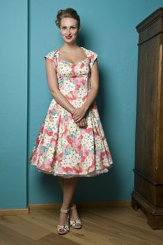 collectif clothing regina doll hawai pink