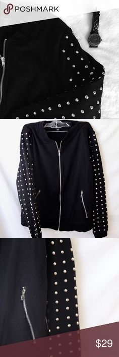 GUESS Studded Sleeve Sweatshirt Guess Black Zip Up Sweatshirt. A couple of the studs fell off. Guess Sweaters