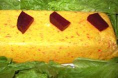 Pudim de Legumes - Para os adeptos de cozinha vegetariana, ou mesmo para os simples curiosos, uma elegante receita de Pudim de Legumes! -REceita completa em http://www.receitasja.com/pudim-de-legumes/