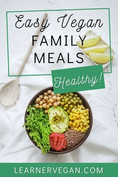 Easy & Healthy Vegan Family Meals: Whether you're really busy, struggling to find food everybody will eat, or just bored of your go-to dishes, this post is for you! These dishes are full of flavour and nutrients, but without the long list of ingredients. Plus, most of them can be made in bulk for added ease! Enjoy these easy vegan family meals. I just know there will be something here for everyone! Reference: healthy vegan recipes, vegetarian family meals, vegan weight loss recipes. Vegan Recipes Beginner, Recipes For Beginners, Healthy Recipes, Plant Based Snacks, Plant Based Recipes, Healthy Family Meals, Going Vegan, Find Food, Weight Loss