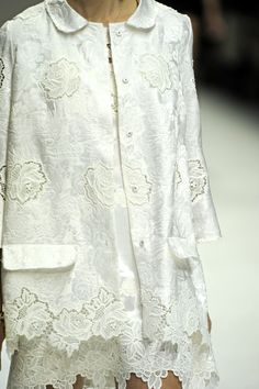 Dolce & Gabbana Spring 2011 Ready-to-Wear Collection - Vogue Couture Mode, Haute Couture Fashion, Fashion Show, Fashion Outfits, Womens Fashion, Bra Lingerie, Spring Summer Fashion, Catwalk, To My Daughter