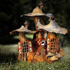 50 Beautiful Gnome Garden And Fairy Garden Design Ideas Clay Fairy House, Gnome House, Fairy Garden Houses, Fairy Gardens, Gnome Garden, Clay Houses, Miniature Houses, Ceramic Houses, Fee Du Logis