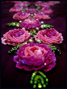 Wonderful Ribbon Embroidery Flowers by Hand Ideas. Enchanting Ribbon Embroidery Flowers by Hand Ideas. Tambour Beading, Tambour Embroidery, Couture Embroidery, Silk Ribbon Embroidery, Embroidery Fashion, Embroidery Jewelry, Hand Embroidery Designs, Beaded Embroidery, Embroidery Patterns