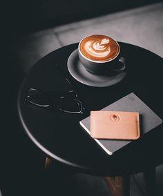 Coffee Puns, Coffee Talk, Coffee Love, Coffee Humor, Hot Coffee, Cocoa Tea, Coffee Drawing, Good Morning Coffee, Coffee Photography