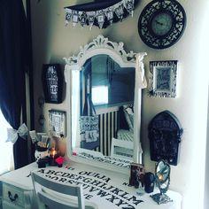 Haunting Decorations For The Tim Burton themed Halloween