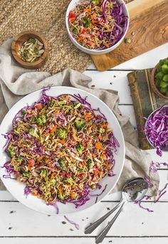 No Oil Broccoli Noodle Slaw, vegan salad, vegan slaw, vegan dinner, broccoli slaw, noodles, vegan noodles, plant based, vegan, vegetarian, whole food plant based, gluten free, recipe, wfpb, healthy, healthy vegan, oil free, no refined sugar, no oil, refined sugar free, dairy free, vegan dressing, vegan lunch, salad, dinner, lunch, easy recipe, dressing, broccoli, summer, picnic, party, entertaining Super Healthy Recipes, Healthy Foods To Eat, Whole Food Recipes, Vegetarian Recipes, Vegan Vegetarian, Eating Healthy, Vegan Food, Sin Gluten, Tofu