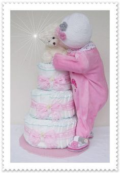 XXL Windeltorte Baby Mädchen kompl. Outfit rosa von Geschenke-Eckle auf DaWanda.com