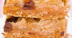 """Hello everyone! Today I'm sharing my """"go to"""" cookie bar recipe with you - CARMELITAS! Every time I make it for a function, ever. Carmelita Bars, Blonde Brownies, Oatmeal Cookies, Fall Desserts, Desert Recipes, Rehearsal Dinners, Cookie Bars, Finger Foods, Cornbread"""