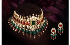 Fulfill a Wedding Tradition with Estate Bridal Jewelry Indian Wedding Jewelry, Bridal Jewelry, Beaded Jewelry, Gold Jewelry, Tikka Jewelry, Indian Bridal, Trendy Jewelry, Fashion Jewelry, Jewelry Sets
