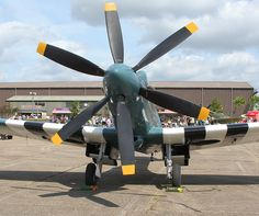 """Fugzeuge vom Imperial War Museum: """"Kriegsmuseum"""" in Duxford / England Supermarine Spitfire, Ww2 Aircraft, Military Aircraft, Bristol, South African Air Force, The Spitfires, Aeroplanes, Aviation Art, Luftwaffe"""
