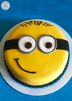 Minion Birthday Party - Games, food, and activities for a minion birthday party. Includes FREE printables!                                                                                                                                                                                 Más