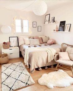 Room Ideas Bedroom, Small Room Bedroom, Men Bedroom, Bedroom Designs, Bedroom Rustic, Bedroom Furniture, White Bedroom, Small Teen Bedrooms, Pink And Beige Bedroom