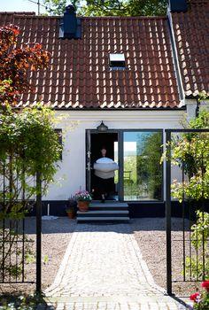 The Norrgavel House in Kafferosteriet Sweden Townsend Homes, Port Townsend, Beddinge, Solar Tiles, Swedish House, Beautiful Hotels, Scandinavian Home, Classic House, House Goals