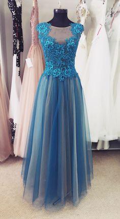 turquoise dress @ IrinaRossAtelier Turquoise Dress, Prom Dresses, Formal Dresses, Lovely Dresses, Victorian, History, Vintage, Fashion, Party Dresses