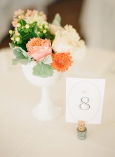 small centerpiece. so charming!