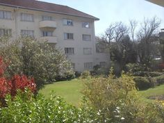 Bachelor Flat to Rent in Berkeley Square, Corner of Main Road and Rouwkoop Road, Rondebosch.Unfurnished first floor flat.Close walk to shops and transport.Please phone 021 685 2212 to arrange a viewing Berkeley Square, Gumtree South Africa, Buy And Sell Cars, Flat Rent, Shops, Corner, Floor, Plants, Pavement