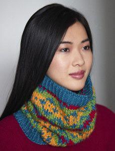 Bright Diamonds Cowl - stranded knitting using chart . Next project to take to knitting class Knitting Kits, Knitting Patterns Free, Free Knitting, Scarf Patterns, Finger Knitting, Knitting Machine, Knitting Designs, Bamboo Knitting Needles, Creative Knitting