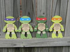 TMNT party invitations! Measures about 5.5 inches wide by 8 inches tall. These are cut out invitations and cannot be printed. Invitations