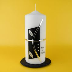 Candle Art, Candle Making, Pillar Candles, How To Make, Flowers, Decorated Candles, Noel, Airplane Crafts, Making Candles
