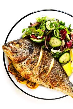 baked fish dinner for two Seafood Dishes, Seafood Recipes, Dinner Recipes, Cooking Recipes, Healthy Recipes, Healthy Beans, Cooking Fish, Whole Tilapia Recipes, Whole Red Snapper Recipes