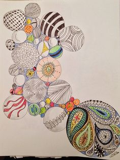 Circles and Balls - zentangle doodles Tangle Doodle, Tangle Art, Zen Doodle, Doodle Art, Zentangle Drawings, Doodles Zentangles, Doodle Drawings, Doodle Patterns, Zentangle Patterns