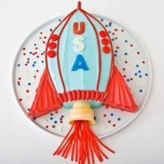 Sweet! How to make a rocket ship birthday cake with an ice cream cone. Easy, step-by-step recipe, diagrams and pictures