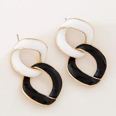 Fashion Black and White Enamel Round Earrings OL Jewelry