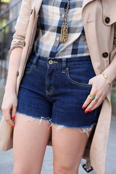 how to cut jeans to shorts, this makes so much sense!