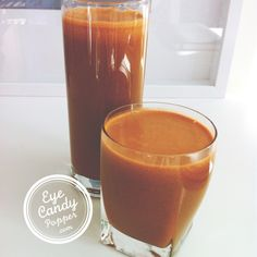Fresh juice: carrot, lemon, ginger and pineapple (raw, vegan, organic)