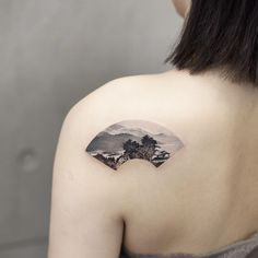 Watercolor landscape inked on the left shoulder blade by tattooist Chenjie Creative Tattoos, Unique Tattoos, Beautiful Tattoos, Tan Tattoo, Tatoo Art, Landscape Tattoo, Watercolor Landscape, Watercolor Trees, Watercolor Portraits