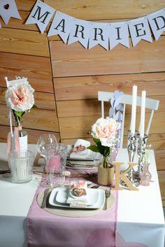 Inspiration für einen Hochzeitstisch von Fräulein K sagt Ja. http://www.fraeulein-k-sagt-ja.de/deko-styled-by-frl-k/frl-k-zu-besuch-bei-depot-und-der-aktuellen-hochzeitskollektion