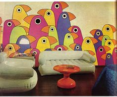 living room with wall of pop art birds and inflatable furniture. Practical Encylopedia of Good Decorating and Home Improvement, 1970 Blow Up Furniture, Simple Furniture, Lounge Furniture, 1960s Interior Design, Cafe Interior, Retro Design, Room Interior, Inflatable Furniture, Funky Wallpaper