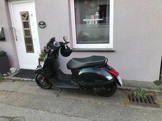 Vespa Gts, Motorcycle, Vehicles, Motorcycles, Car, Motorbikes, Choppers, Vehicle, Tools