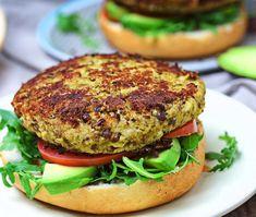 Cauliflower Burger, Cauliflower Curry, Burger Recipes, Vegetarian Recipes, Healthy Recipes, Vegetarian Burgers, Veggie Fritters, Specific Carbohydrate Diet, Vegan Main Dishes