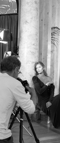 IMPERIALE elegance #makingof Aristotle Onassis, Lady Luxury, Got The Look, Chopard, One In A Million, Fashion Photography, Feminine, Glamour, Couture