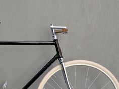 Aside from the blisters that would inevitably come from using these handle bars, they look neat.