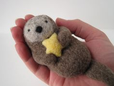 Needle felted otter...   how cute is he?