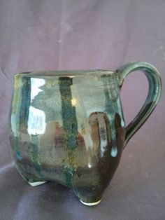 Check out this item in my Etsy shop https://www.etsy.com/listing/230634012/tripod-mug-by-angela-graham