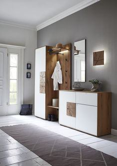 CAYA - Hartmann Möbelwerke GmbH :: Massivholzmöbel made in Germany Hallway Seating, Hallway Ideas Entrance Narrow, House Entrance, Style At Home, Country Style Homes, Decoration Entree, Interior Architecture, Interior Design, Foyer Decorating