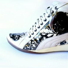 Alexander Mcqueen for Puma Sneakers Size 6. There is some scuffing. Price reflects. Alexander McQueen Shoes Athletic Shoes