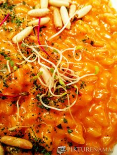 tomato and honey risotto All Restaurants, Food Reviews, Risotto, Curry, Honey, Pizza, Italy, Plates, Ethnic Recipes